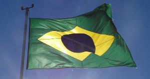 O Brasil não precisa de golpes, nem de tanques na rua e muito menos de líderes autoritários que falam demais e trabalham pouco