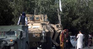 O carro-bomba seria usado em um atentado na área do aeroporto de Cabul, que já foi atingido por explosões reivindicadas pelo grupo terrorista na quinta-feira (26)
