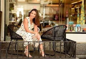 Brenda Riva começou no segmento dois anos após a loja de roupa da mãe fechar. Em 2021 ela tem o projeto de lançar uma linha autoral de calçados