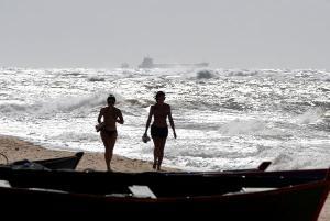 Navegantes devem redobrar a atenção desta sexta-feira (05) até domingo (7) na área litorânea do Sul do Espírito Santo