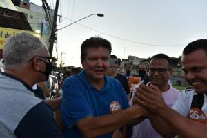 Prefeito eleito de Cariacica comemorou vitória com apoiadores no comitê de campanha, no bairro Alto Lage. Em entrevista, ele pediu união e reafirmou ter condições de reunir lideranças para trabalhar pela cidade