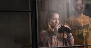 Em 'The Voyeurs' ('Observadores'), um jovem casal passa a bisbilhotar a intimidade dos vizinhos. Filme tenta ser sexy, mas tem roteiro preguiçoso