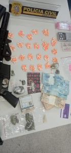 Suspeitos haviam formado um consórcio para aquisição do ectasy, de modo a adquirir um montante maior da droga, que chegou por correspondência do Rio de Janeiro
