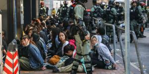 Hong Kong Protesters Trapped in University Standoff: 'Please Let My Daughter Go'