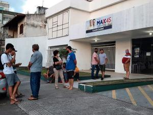Alguns apoiadores chegaram a comparecer ao Comitê Central do atual prefeito, no Centro de Vila Velha, mas começaram a se dispersar quando a eleição de Arnaldinho Borgo foi confirmada