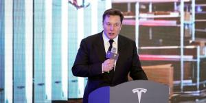 The Investor Clash Behind Tesla's Surge Toward $100 Billion in Market Value