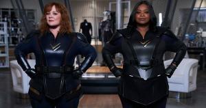 'Esquadrão Trovão', comédia estrelada por Melissa McCarthy e Octavia Spencer na Netflix, leva humor ao universo dos super-heróis