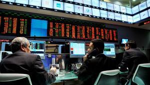 A sinalização ruim sobre o Orçamento de 2021, que precisa ser sancionado até quinta-feira, com feriado na quarta, foi decisiva para colocar os investidores na defensiva no fim da tarde