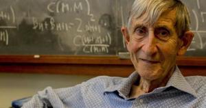 Com 29 anos, Dyson tornou-se professor vitalício do célebre Instituto de Estudos Avançados de Princeton, mas não se deu ao trabalho de obter um título de doutorado