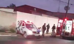 Vítima relatou aos militares do Corpo de Bombeiros que foi atingida após se recusar a entregar o celular a dois suspeitos