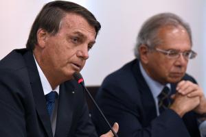 O presidente ainda afirmou lamentar que muitas pessoas estejam 'passando necessidade' no Brasil, porém, justificou que a capacidade de endividamento do País 'está no limite'