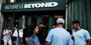 Bed Bath & Beyond Boss Tries to Declutter Its Stores