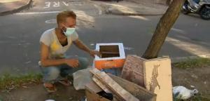Fechamento de bares, restaurantes e trailers de venda de alimentos faz com que pessoas em situação de rua e catadores de latinhas passem por ainda mais dificuldades para se sustentar