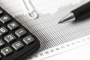 Alta carga tributária é um dos maiores desafios para quem quer empreender no Brasil, mas há caminhos para reduzir custos