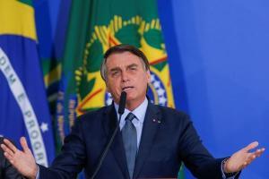 O presidente Jair Bolsonaro rebateu críticas sobre ser chamado de 'genocida' por conta da demora do início da imunização