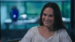O ex-presidente entrou com uma ação na Justiça do Distrito Federal contra a atriz Regina Duarte, pedindo uma reparação por danos morais em virtude de uma publicação