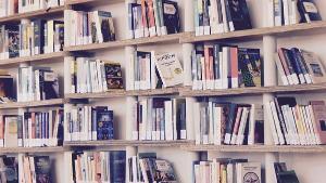 Documento sobre taxação de livros irritou o Sindicato Nacional dos Editores de Livros, que disse também que há, sim, provas de que o preço do livro caiu; CBL prevê livro 20% mais caro com fim da isenção