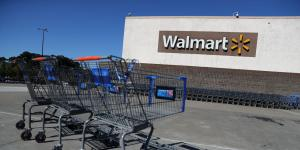 Walmart to Stop Selling All E-Cigarettes