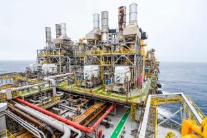 O resultado foi puxado para baixo pela Petrobras, cuja produção de petróleo despencou 6%, para 2,579 milhões de barris de óleo equivalentes