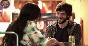 Novela das nove também vai falar da Covid-19. TV Globo vai reprisar um compacto da primeira temporada da trama, a partir de segunda (1), e apresentar os capítulos inéditos a partir do dia 15