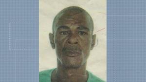 Três pescadores foram resgatados em Aracruz, mas um continua desaparecido. Segundo a irmã do pescador, ele começou a pescar aos 15 anos e trabalha há 40 no mar. Apesar disso, não sabe nadar