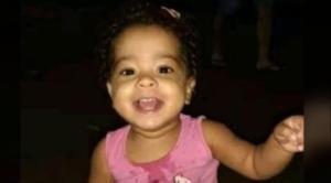 Heloísa Dias Nascimento, de 2 anos, teve a vida interrompida após ser baleada no portão da casa de uma vizinha – que também foi morta – em Linhares. Ulisses Costa Araújo, 31 anos, conhecido como Licinho, é apontado como mandante do crime