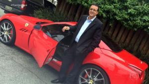 Um dos apontados pela polícia como chefe do esquema fez passeios de lancha e dirigiu carros de luxo em uma viagem a Dubai, nos Emirados Árabes