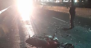 O acidente aconteceu na Rodovia do Contorno e, até o momento, a vítima não foi identificada. O condutor do caminhão não sofreu ferimentos, segundo a PRF