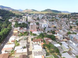 Uma pessoa foi morta a facadas na tarde desta quinta-feira (7); último homicídio doloso no município tinha acontecido em outubro de 2014